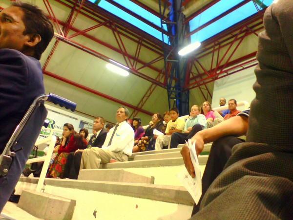 Crowd at the gym in Rincon de Romos