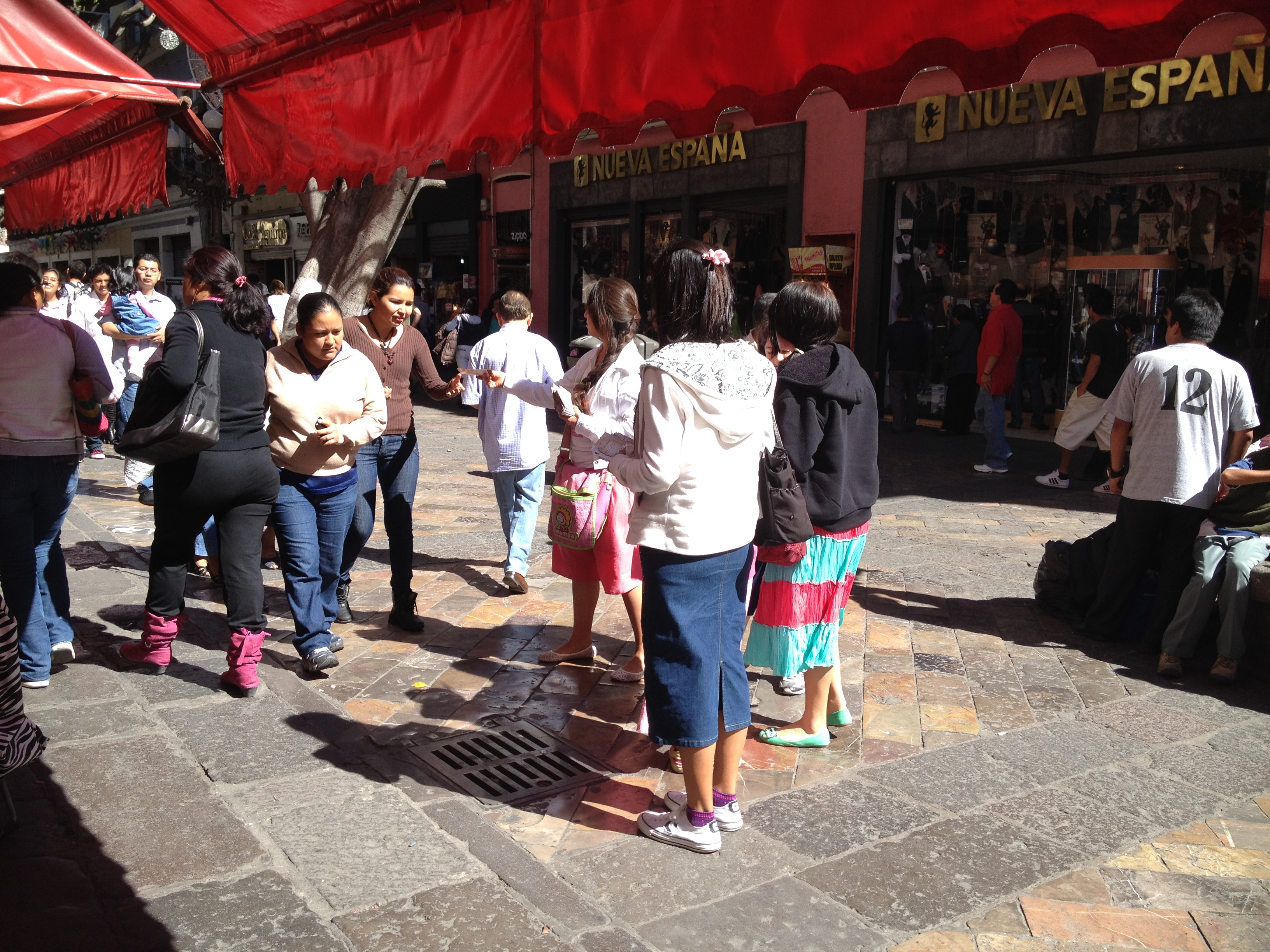 5,000 Christmas Tracts in Downtown Puebla